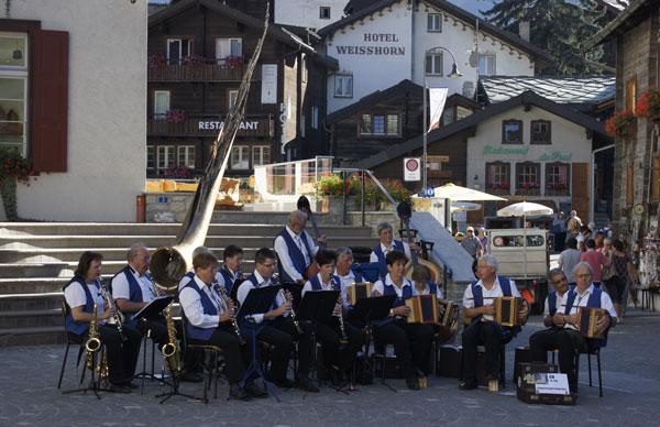 Konzert-bei-Kirche-01